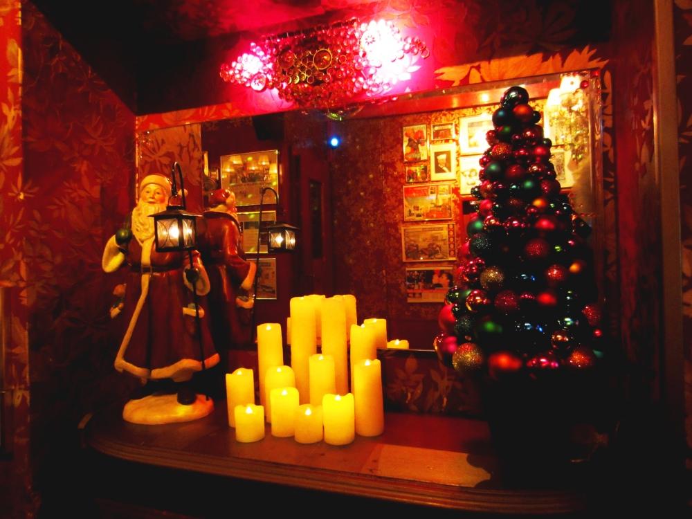 Weihnachtsdeko in »Olivias Show Club«
